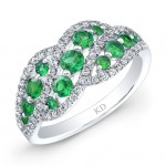 NATURAL COLOR WHITE GOLD FASHION EMERALD WAVE DIAMOND RING