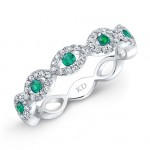 NATURAL COLOR WHITE GOLD TWISTED EMERALD DIAMOND BAND