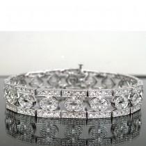 Ladies 14K White Gold Bracelet with Round Diamonds.