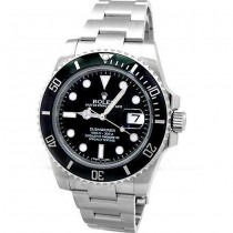 40mm Rolex Submariner Watch 116610LN.