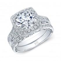 WHITE GOLD DIAMOND ROUND HALO ENGAGEMENT RING SET