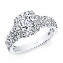 WHITE GOLD ELEGANT CUSHION DIAMOND ENGAGEMENT RING